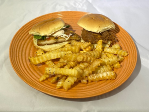 Picture of Combo 2/Seasoned Fries